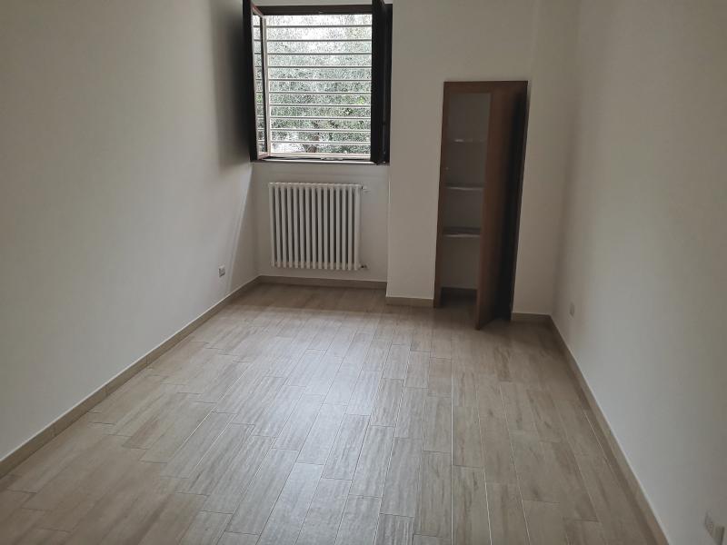 0000421 Lim-mobiliare-camera da letto