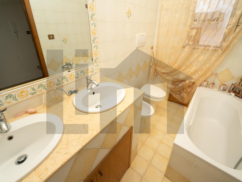 0000446 Lim-mobiliare-bagno