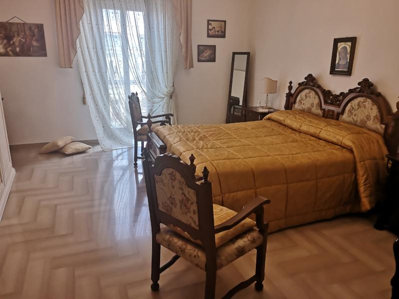 0000446 Lim-mobiliare-camera da letto