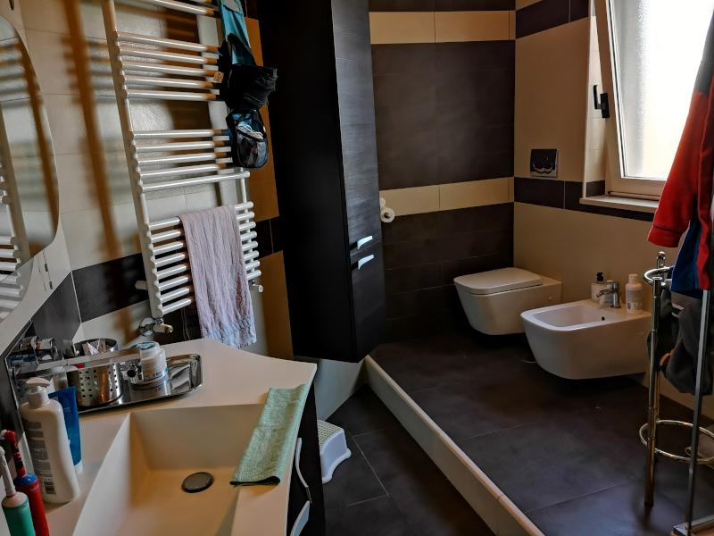 0000444 Lim-mobiliare-bagno