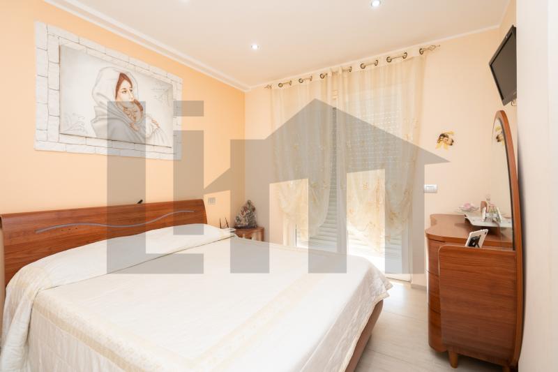 0000470 Lim-mobiliare-camera da letto matrimoniale