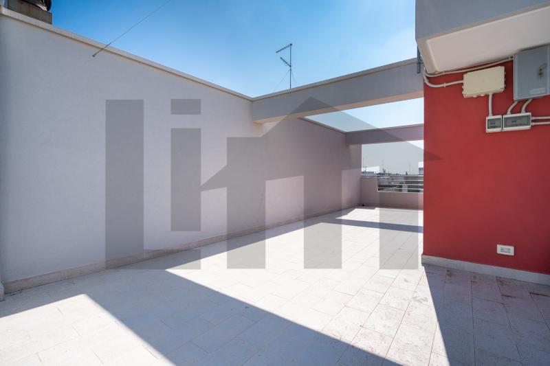 0000470 Lim-mobiliare-terrazzo