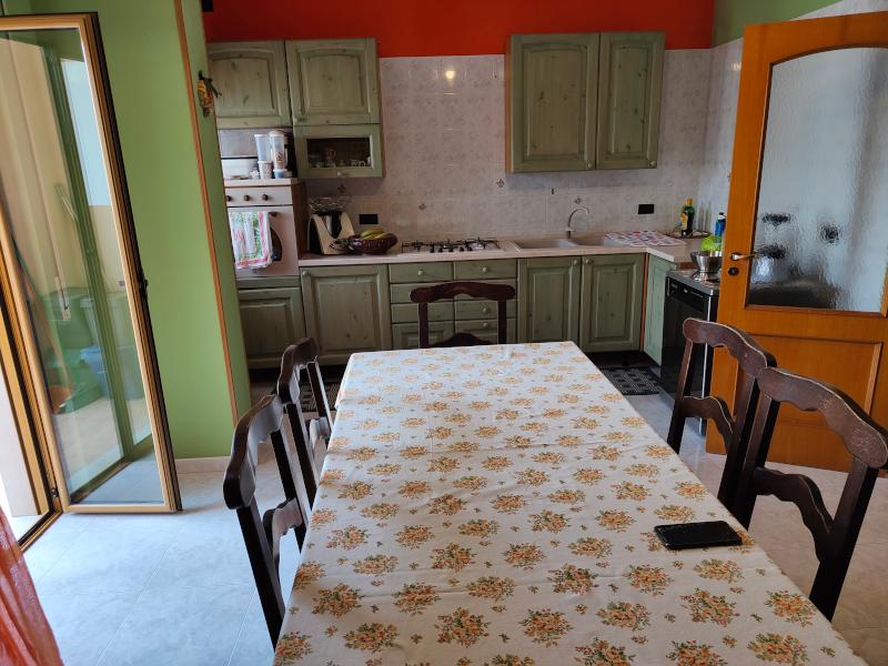 0000475 Lim-mobiliare-cucina1
