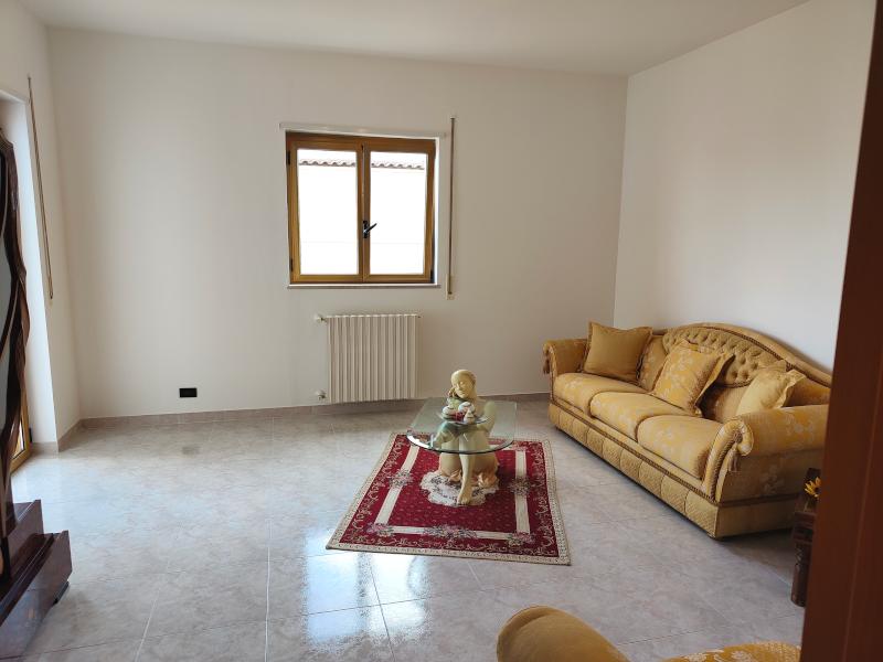 0000475 Lim-mobiliare-soggiorno